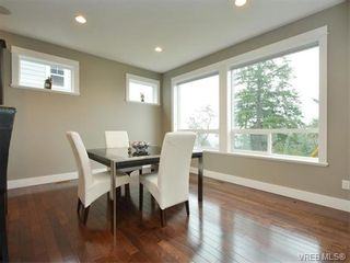 Photo 5: 2121 Quails Run in VICTORIA: La Bear Mountain House for sale (Langford)  : MLS®# 753114