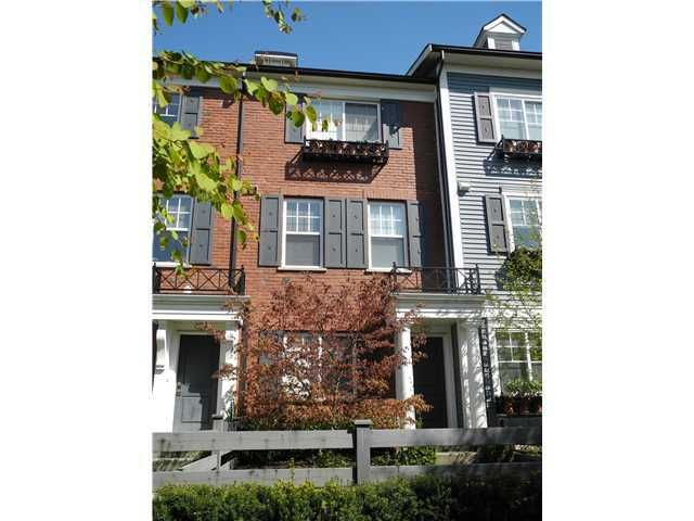 """Main Photo: 29 688 EDGAR Avenue in Coquitlam: Coquitlam West Townhouse for sale in """"GABLE BY MOSAIC"""" : MLS®# V1020129"""