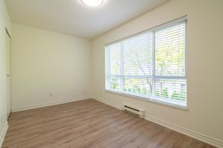 """Photo 13: 7387 MAGNOLIA Terrace in Burnaby: Highgate Townhouse for sale in """"MONTEREY"""" (Burnaby South)  : MLS®# R2376795"""