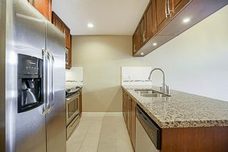 """Photo 5: 573 8328 207A Street in Langley: Willoughby Heights Condo for sale in """"Yorkson Creek"""" : MLS®# R2208627"""