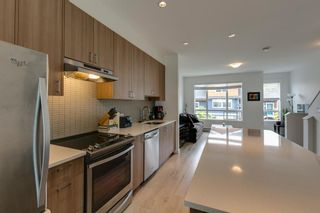 """Photo 9: 9 1188 WILSON Crescent in Squamish: Dentville Townhouse for sale in """"The Current"""" : MLS®# R2269962"""
