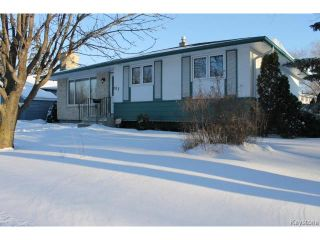 Photo 1: 707 Dale Boulevard in WINNIPEG: Charleswood Residential for sale (South Winnipeg)  : MLS®# 1500242