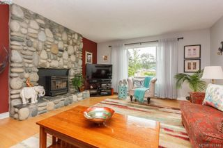 Photo 7: 724 Heaslip Pl in VICTORIA: Co Hatley Park House for sale (Colwood)  : MLS®# 794376