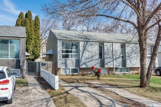 Photo 3: 907A Argyle Avenue in Saskatoon: Greystone Heights Residential for sale : MLS®# SK851059