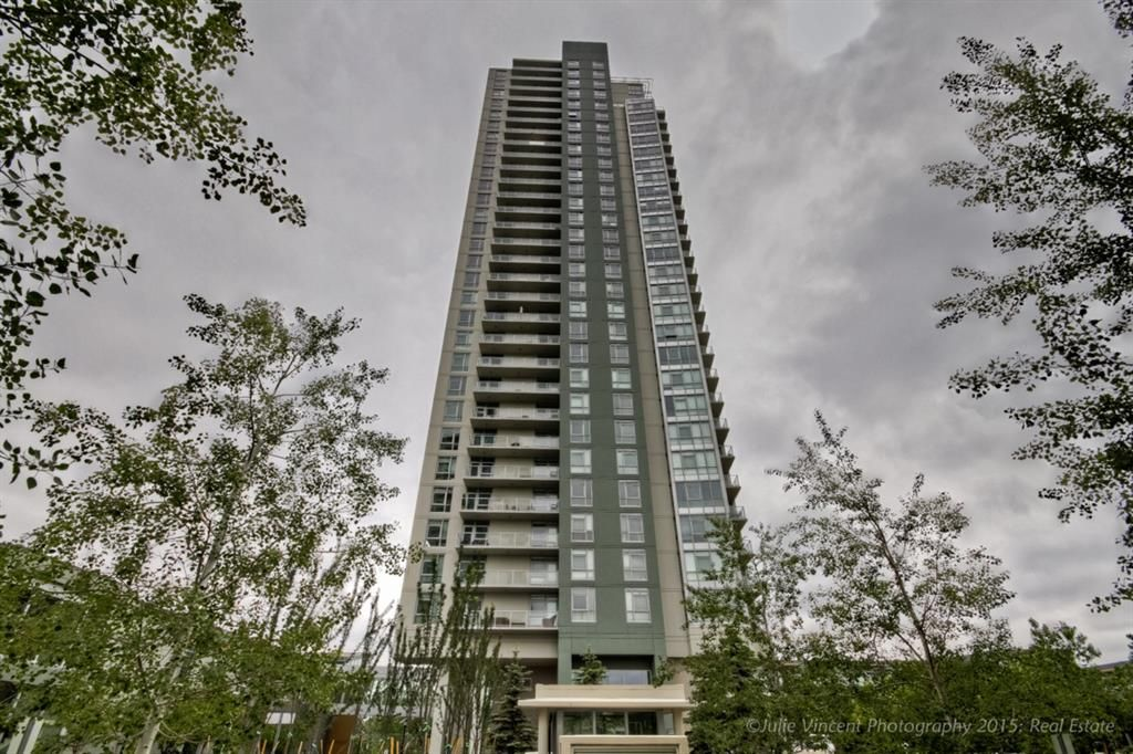 Main Photo: 3104 99 SPRUCE Place SW in Calgary: Spruce Cliff Apartment for sale : MLS®# A1074087