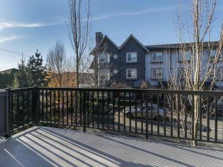 """Photo 9: 27 6450 187 Street in Surrey: Cloverdale BC Townhouse for sale in """"Hillcrest"""" (Cloverdale)  : MLS®# R2421299"""