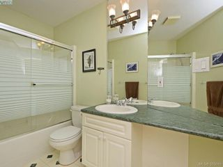 Photo 11: 1925 RIDGEVIEW Rise in VICTORIA: VR Prior Lake House for sale (View Royal)  : MLS®# 773871