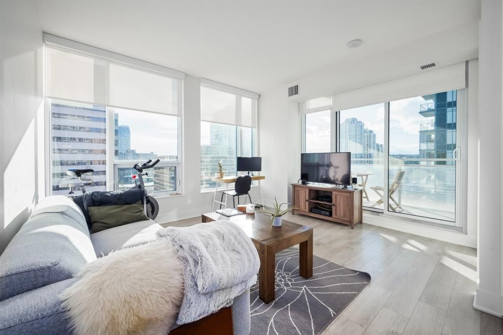 Unbelievable value for this gorgeous 2 bdrm, 1 bath unit  with titled parking in MARK on 10th
