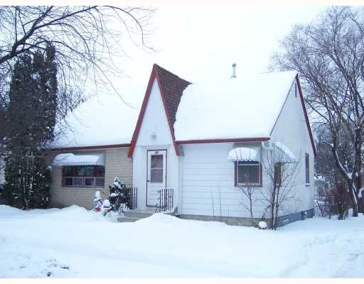FEATURED LISTING: 921 BYNG Place WINNIPEG