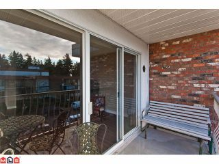 "Photo 10: 309 1520 BLACKWOOD Street: White Rock Condo for sale in ""Blue Surf"" (South Surrey White Rock)  : MLS®# F1128093"