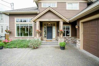 """Photo 2: 1532 160 Street in Surrey: King George Corridor House for sale in """"EAST SUNNYSIDE"""" (South Surrey White Rock)  : MLS®# R2582706"""