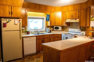 Photo 3: 103 1st Avenue in Melfort: Residential for sale : MLS®# SK868028