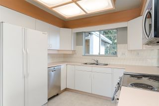 """Photo 6: 10520 SUNVIEW Place in Delta: Nordel House for sale in """"SUNBURY / DELSOM"""" (N. Delta)  : MLS®# R2442762"""