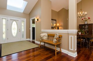 Photo 4: 909 164A Street in Surrey: King George Corridor House for sale (South Surrey White Rock)  : MLS®# R2002235