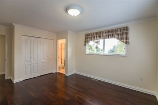 """Photo 8: 12 5201 OAKMOUNT Crescent in Burnaby: Oaklands Townhouse for sale in """"Hartlands on Deerlake"""" (Burnaby South)  : MLS®# R2407575"""