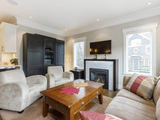 Photo 9: 3209 W 2ND AVENUE in Vancouver: Kitsilano Townhouse for sale (Vancouver West)  : MLS®# R2527751