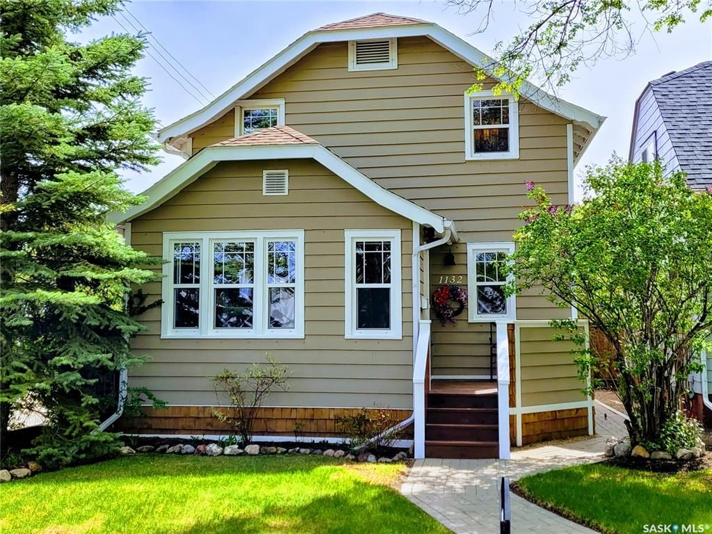 Main Photo: 1132 E Avenue North in Saskatoon: Caswell Hill Residential for sale : MLS®# SK860626