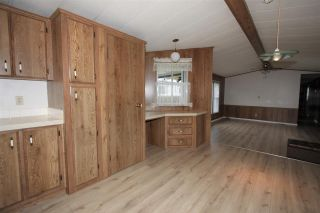 """Photo 4: 61 3300 HORN Street in Abbotsford: Central Abbotsford Manufactured Home for sale in """"Georgian Park"""" : MLS®# R2519380"""