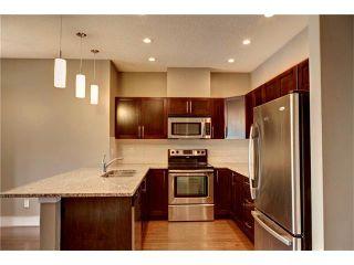 Photo 5: 315 1899 45 Street NW in Calgary: Montgomery Condo for sale : MLS®# C4115653