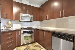 Photo 10: 414 3651 FOSTER Avenue in Vancouver: Collingwood VE Condo for sale (Vancouver East)  : MLS®# R2492168