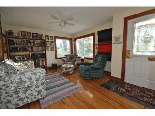 Photo 4: 7544 DUNSMUIR STREET in Mission: Mission BC House for sale : MLS®# F1450816