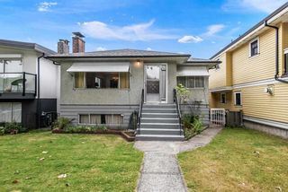 Main Photo: 2135 E 2ND Avenue in Vancouver: Grandview Woodland House for sale (Vancouver East)  : MLS®# R2385664