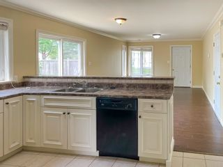 Photo 8: 1061 Scott Drive in North Kentville: 404-Kings County Residential for sale (Annapolis Valley)  : MLS®# 202114706