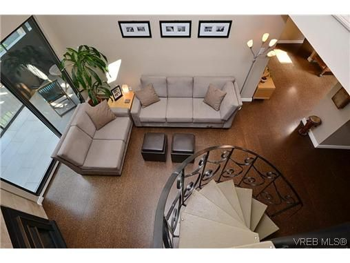 Main Photo: 404 505 Cook St in VICTORIA: Vi Fairfield West Condo for sale (Victoria)  : MLS®# 604595