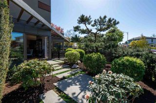 """Photo 3: 3308 TRUTCH Street in Vancouver: Arbutus House for sale in """"ARBUTUS"""" (Vancouver West)  : MLS®# R2571886"""