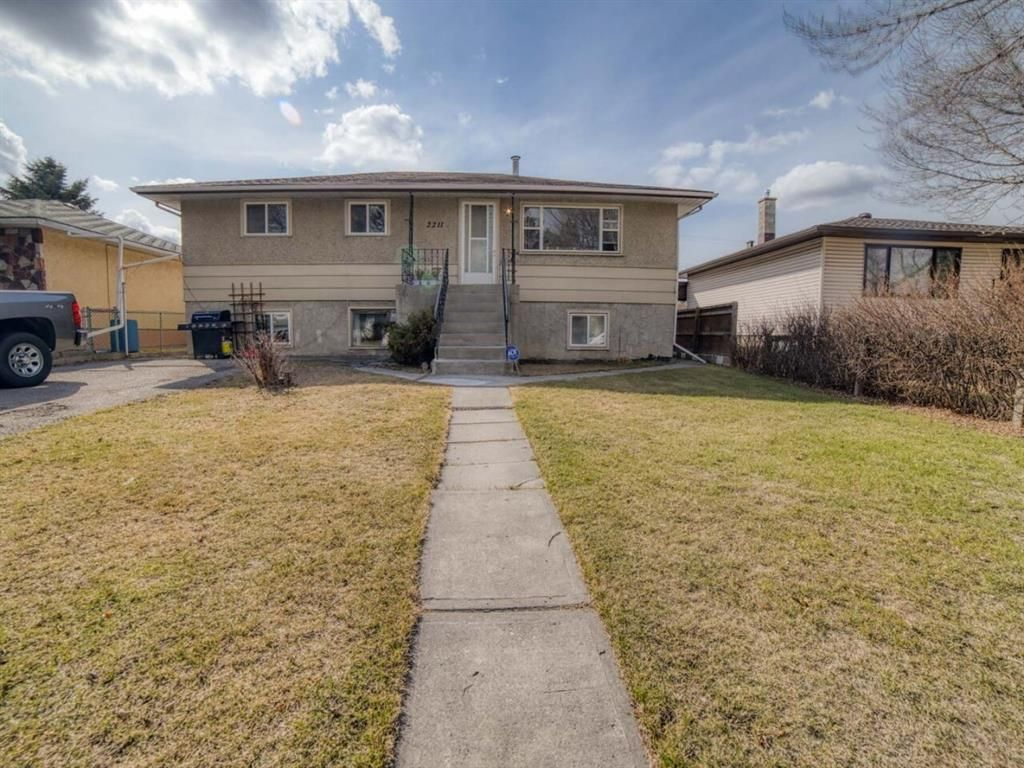 Main Photo: 2211 37 Street SE in Calgary: Forest Lawn Detached for sale : MLS®# A1092866