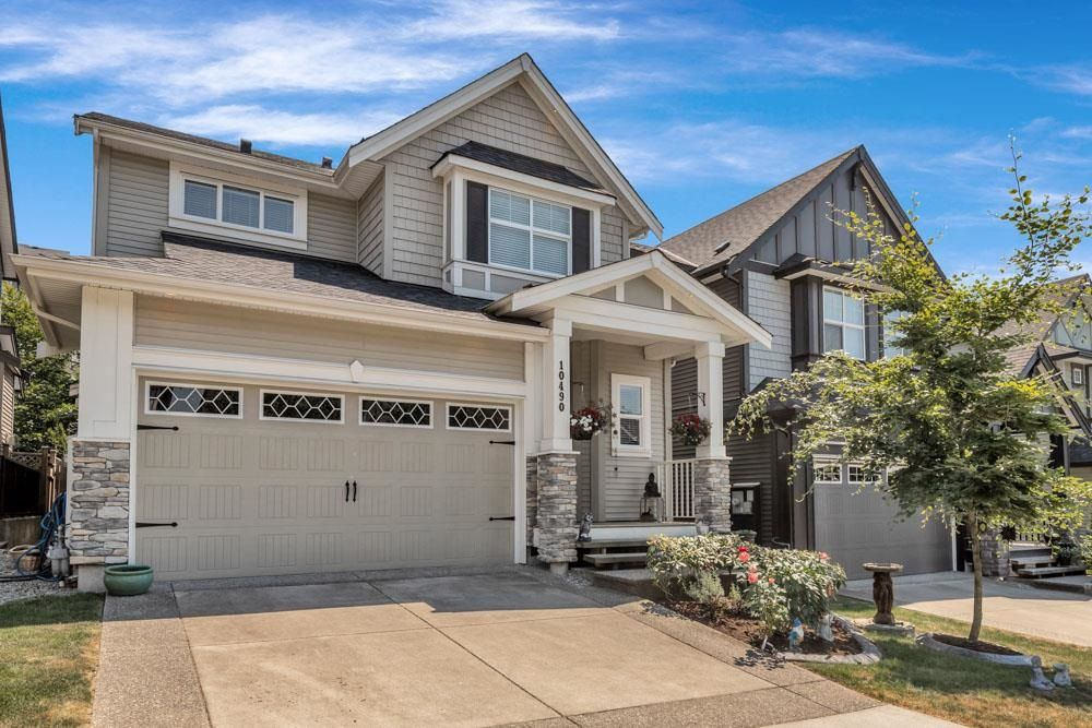 """Main Photo: 10490 ROBERTSON Street in Maple Ridge: Albion House for sale in """"ROBERTSON HEIGHTS"""" : MLS®# R2597327"""