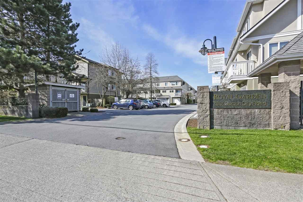 Main Photo: 68 7831 GARDEN CITY Road in Richmond: Brighouse South Townhouse for sale : MLS®# R2432956