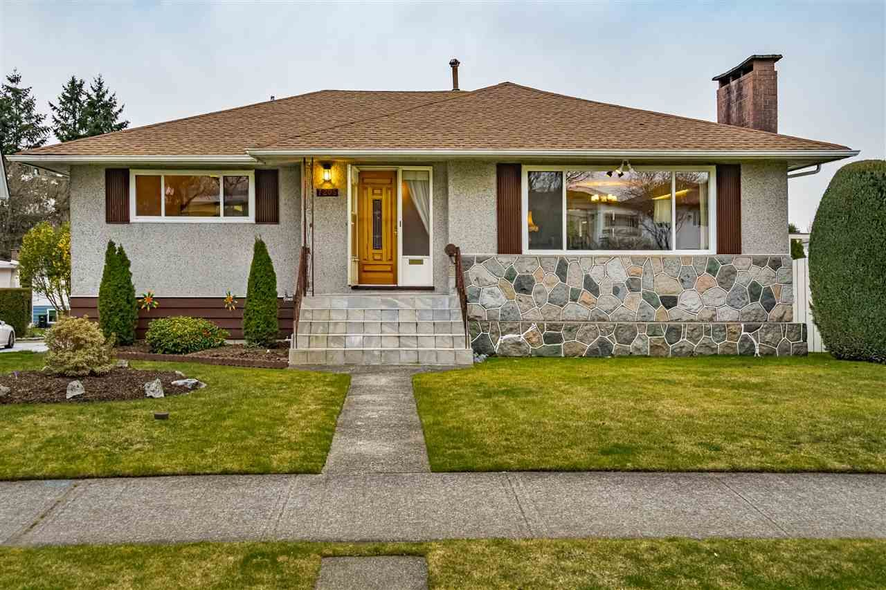 Main Photo: 7205 ELMHURST DRIVE in Vancouver: Fraserview VE House for sale (Vancouver East)  : MLS®# R2547703