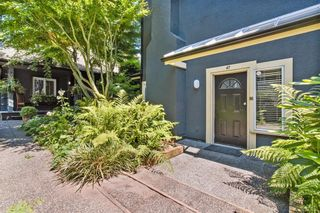 Photo 2: 47 W 13TH Avenue in Vancouver: Mount Pleasant VW Townhouse for sale (Vancouver West)  : MLS®# R2598652
