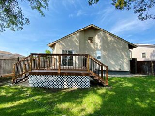 Photo 3: 243 Marygrove Crescent in Winnipeg: House for sale : MLS®# 202122583