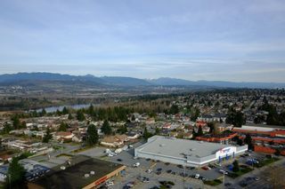 Photo 5: 2401 6540 Burlington Avenue in Burnaby: Metrotown Condo  (Burnaby South)  : MLS®# V1118433