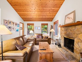 Photo 2: 2603 CALLAGHAN Drive in Whistler: Bayshores 1/2 Duplex for sale : MLS®# R2619706