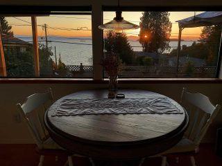 Photo 14: 5285 LITTLE Lane in Sechelt: Sechelt District House for sale (Sunshine Coast)  : MLS®# R2592580