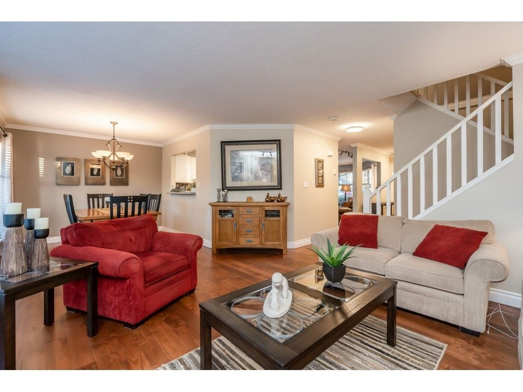 "Main Photo: 3 8428 VENTURE Way in Surrey: Fleetwood Tynehead Townhouse for sale in ""SUMMERWOOD"" : MLS®# R2539604"