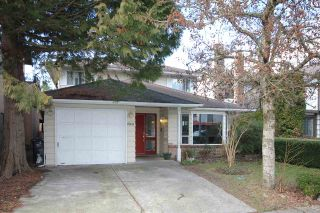 Photo 1: 10611 GAUNT Court in Richmond: Steveston North House for sale : MLS®# R2140052