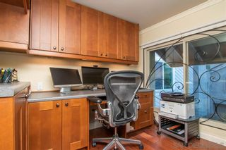 Photo 10: KENSINGTON House for sale : 3 bedrooms : 5464 Caminito Borde in San Diego