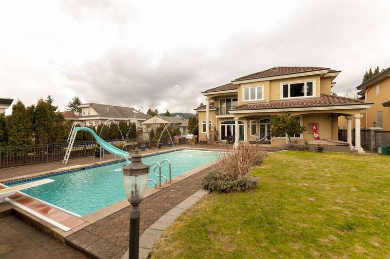 FEATURED LISTING: 630 FOSTER Avenue Coquitlam