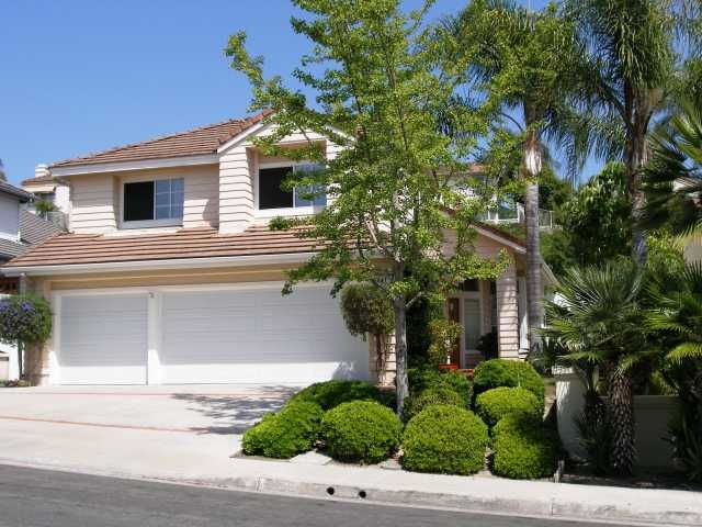Main Photo: TIERRASANTA House for sale : 4 bedrooms : 5043 VIA PLAYA LOS SANTOS in San Diego