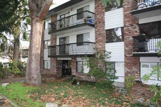 """Photo 16: 107 2330 MAPLE Street in Vancouver: Kitsilano Condo for sale in """"MAPLE GARDENS"""" (Vancouver West)  : MLS®# R2226406"""