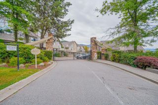 """Photo 2: 326 1465 PARKWAY Boulevard in Coquitlam: Westwood Plateau Townhouse for sale in """"SILVER OAK"""" : MLS®# R2607899"""