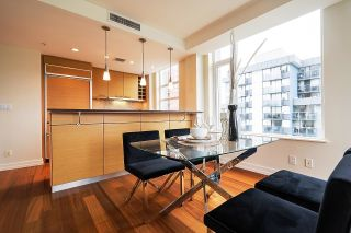 """Photo 4: 1103 1925 ALBERNI Street in Vancouver: West End VW Condo for sale in """"LAGUNA PARKSIDE"""" (Vancouver West)  : MLS®# R2618862"""