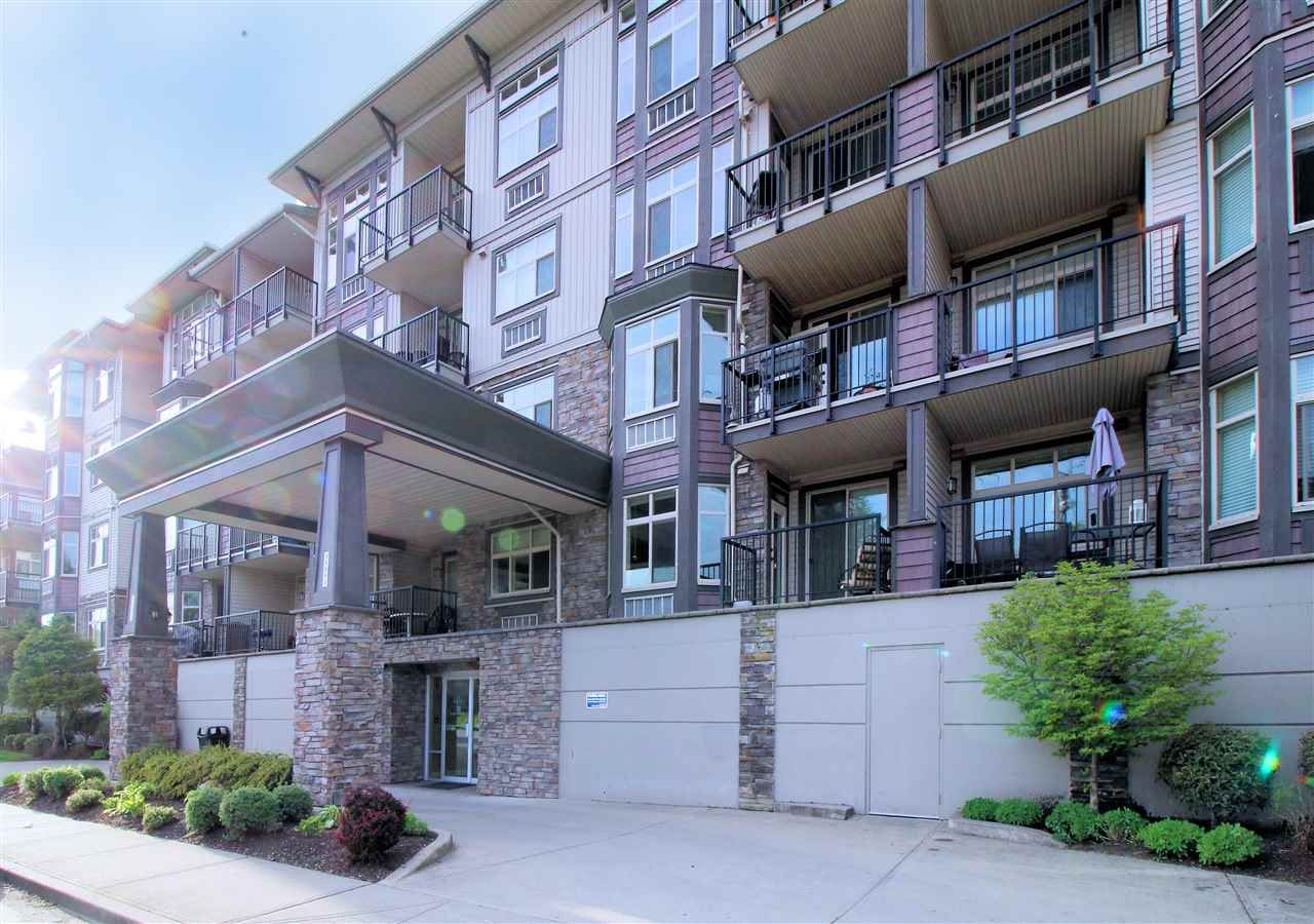 """Main Photo: 108 45893 CHESTERFIELD Avenue in Chilliwack: Chilliwack W Young-Well Condo for sale in """"The Willows"""" : MLS®# R2170192"""