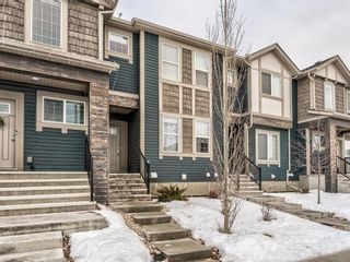 Photo 2: 331 Hillcrest Drive SW: Airdrie Row/Townhouse for sale : MLS®# A1063055