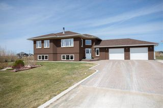 Photo 2: 25 ALEXANDRE Way in Lorette: R05 Residential for sale : MLS®# 202009288