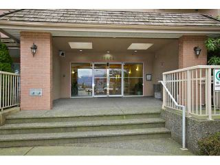 Photo 10: 206 12464 191B Street in Pitt Meadows: Mid Meadows Condo for sale : MLS®# V994301